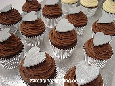 Choc Cupcakes Cake Buns in Silver Cake Cases with Silver Hearts