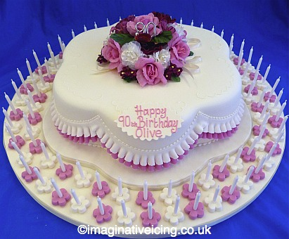 Pretty Posy Petal Shaped 90th Birthday Cake With 90 Candles