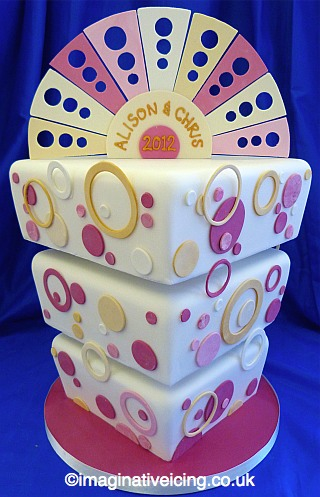 Pink Champagne Bubbles Wedding Cake - upside-down-right-way-up