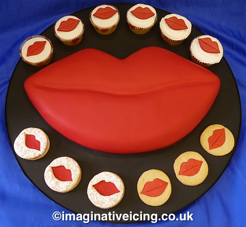 Valentine Cake with baked in kisses